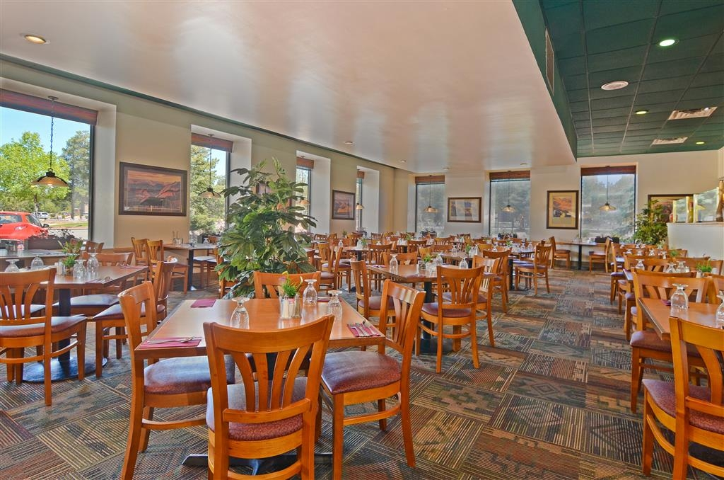 Best Western Premier Grand Canyon Squire Inn - Zona de desayunos