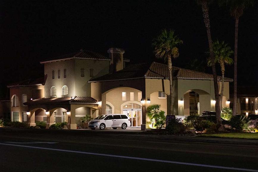 Best Western Plus A Wayfarer's Inn and Suites - Vista exterior