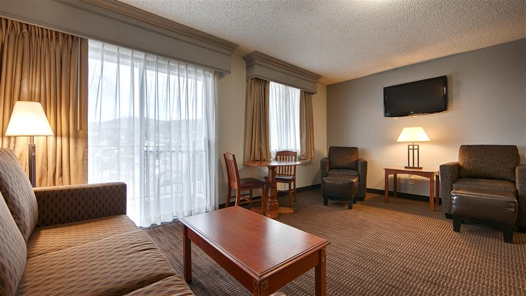 Best Western Prescottonian - Enjoy one of our three suites.