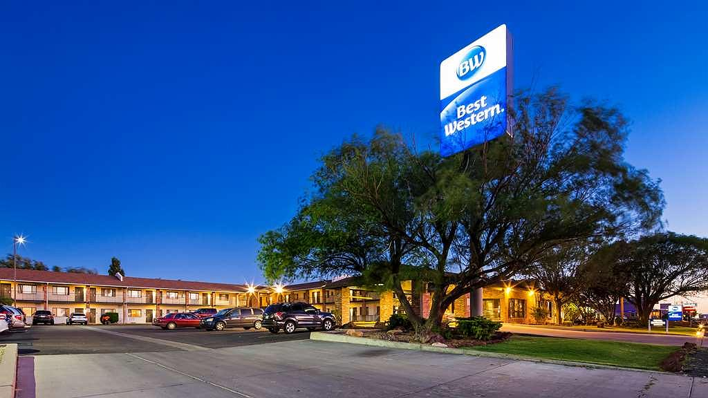 Best Western Arizonian Inn - Exterior view with beautiful blue sky in the background!!