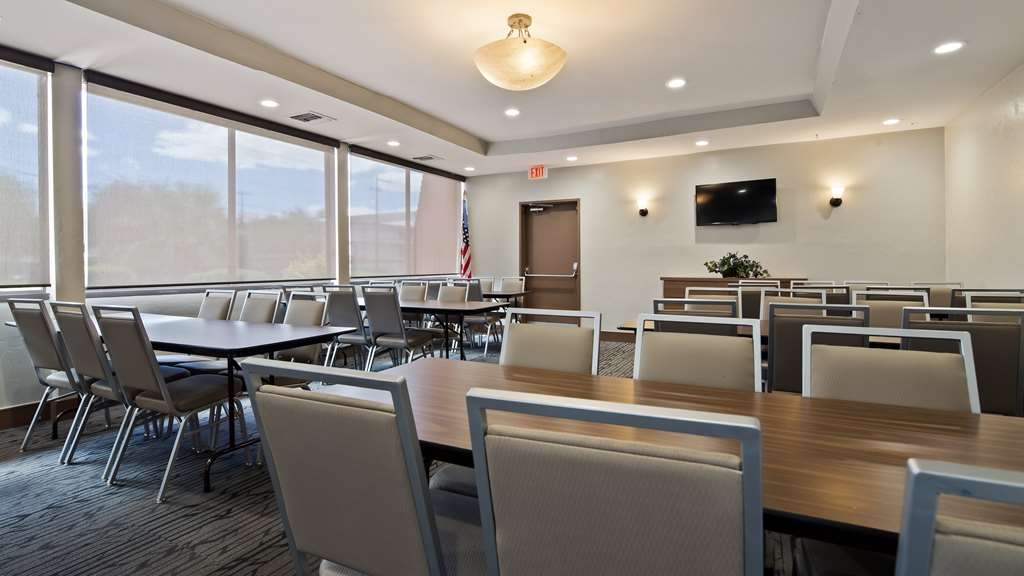Best Western Royal Sun Inn & Suites - Besprechungszimmer