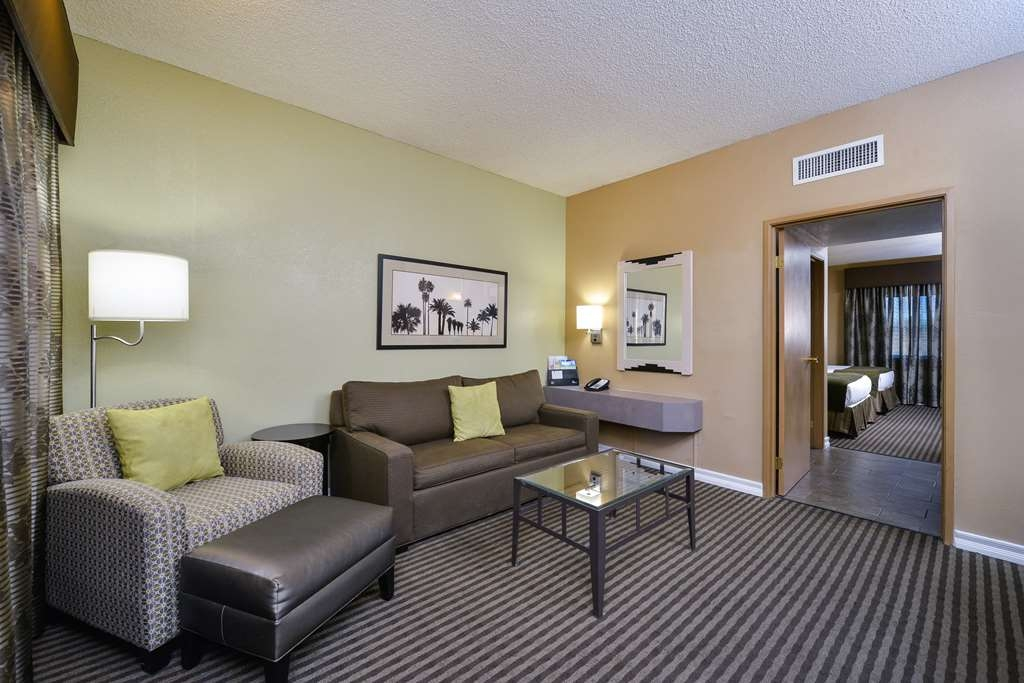 Best Western Royal Sun Inn & Suites - Chambres / Logements