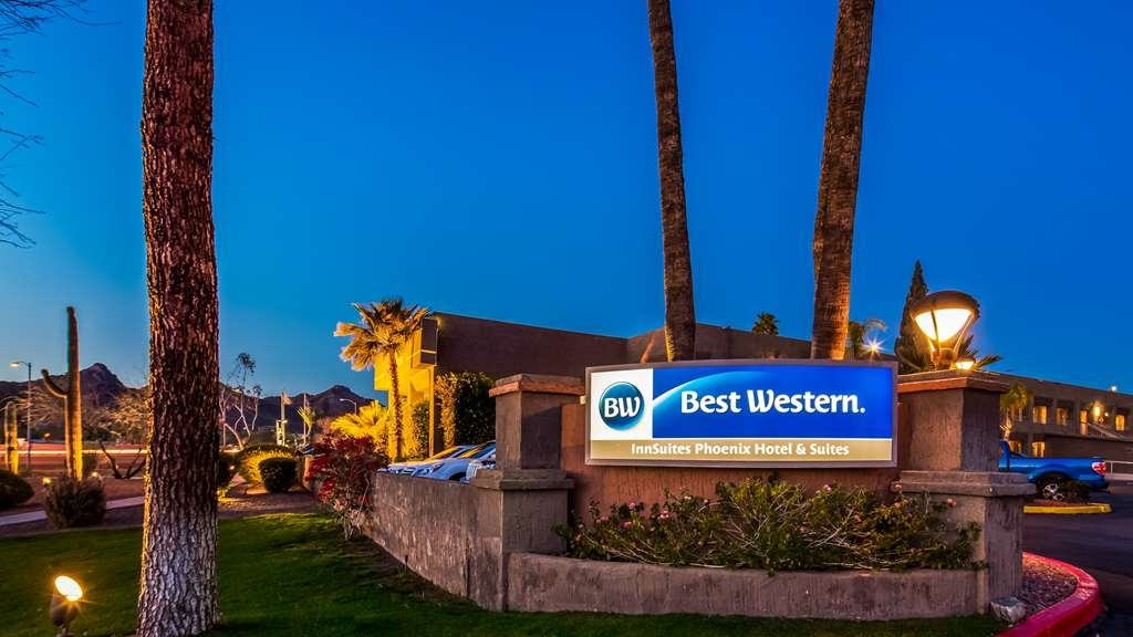 Best Western InnSuites Phoenix Hotel & Suites - We know you'll enjoy your stay with us.
