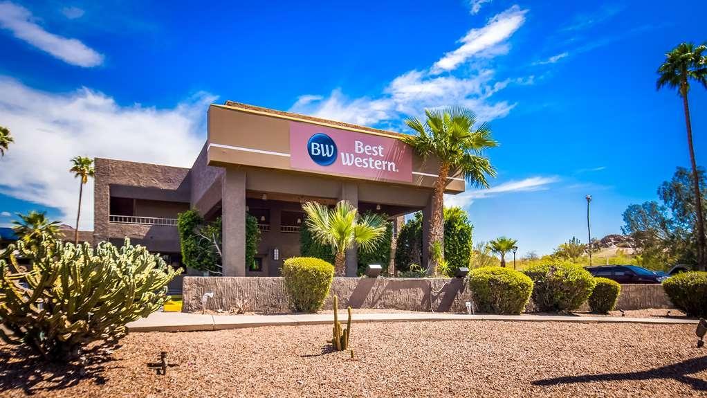 Best Western InnSuites Phoenix Hotel & Suites - Außenansicht