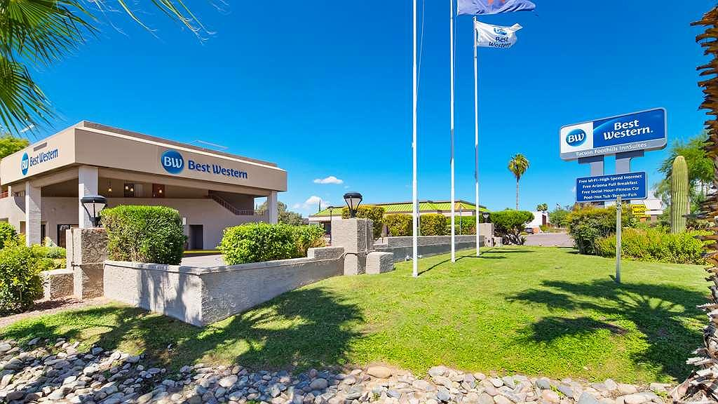 Best Western InnSuites Tucson Foothills Hotel & Suites - Thereu2019s no better way to experience Tucson than from the Best Western Innsuites.