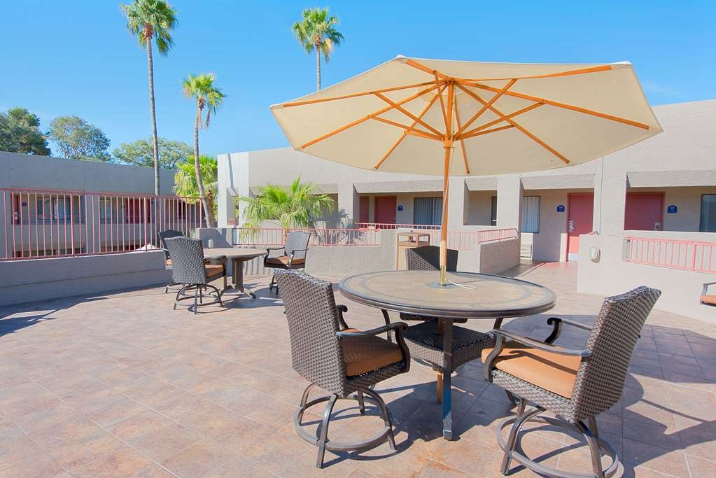 Best Western InnSuites Tucson Foothills Hotel & Suites - bassin
