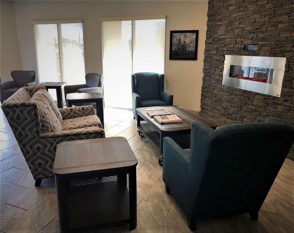 Best Western InnSuites Tucson Foothills Hotel & Suites - Vue du lobby