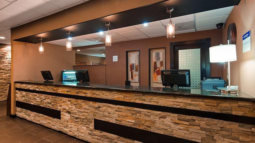 Hotel in Yuma | Best Western Yuma Mall Hotel & Suites