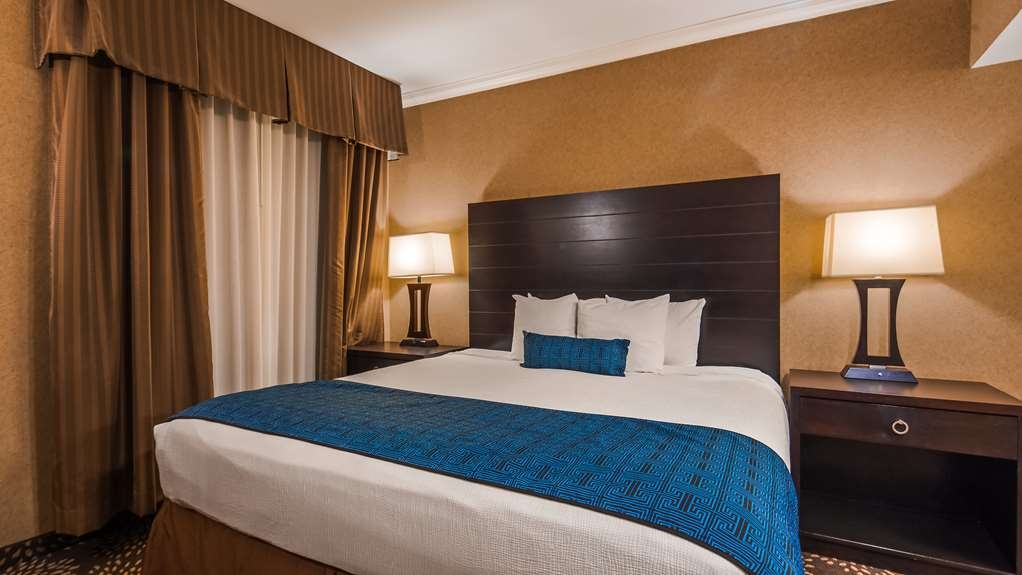 Best Western Yuma Mall Hotel & Suites - Standard Guest Room with One King Size Bed