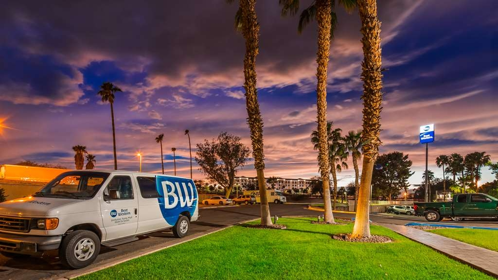 Best Western InnSuites Yuma Mall Hotel & Suites - Exterior
