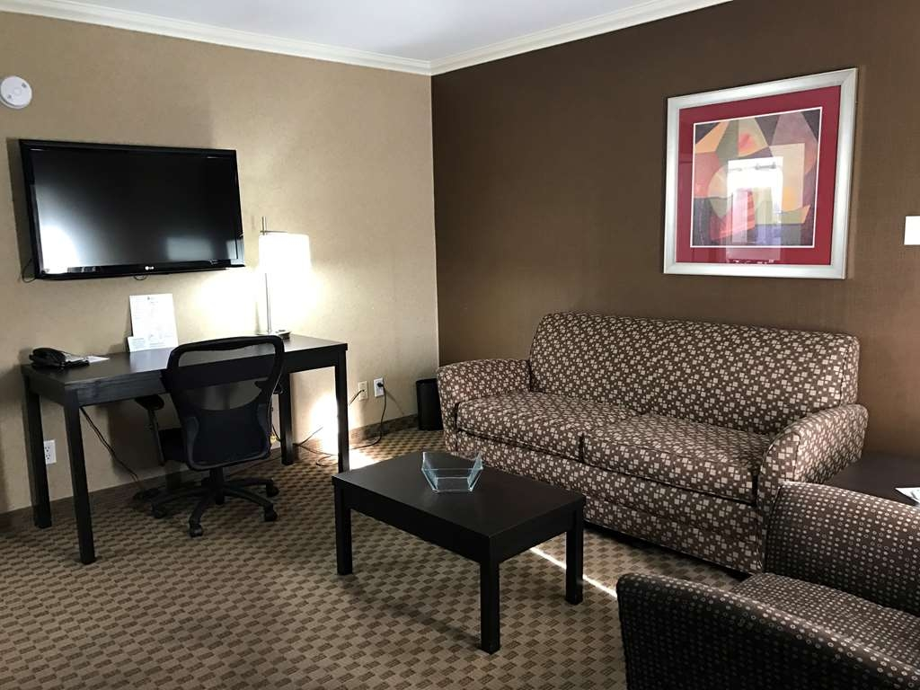 Best Western Yuma Mall Hotel & Suites - Suite