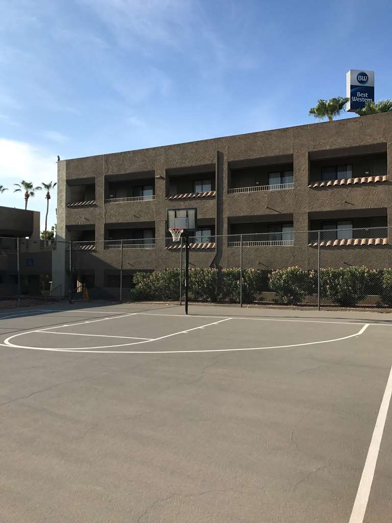 Best Western Yuma Mall Hotel & Suites - Basketball Court