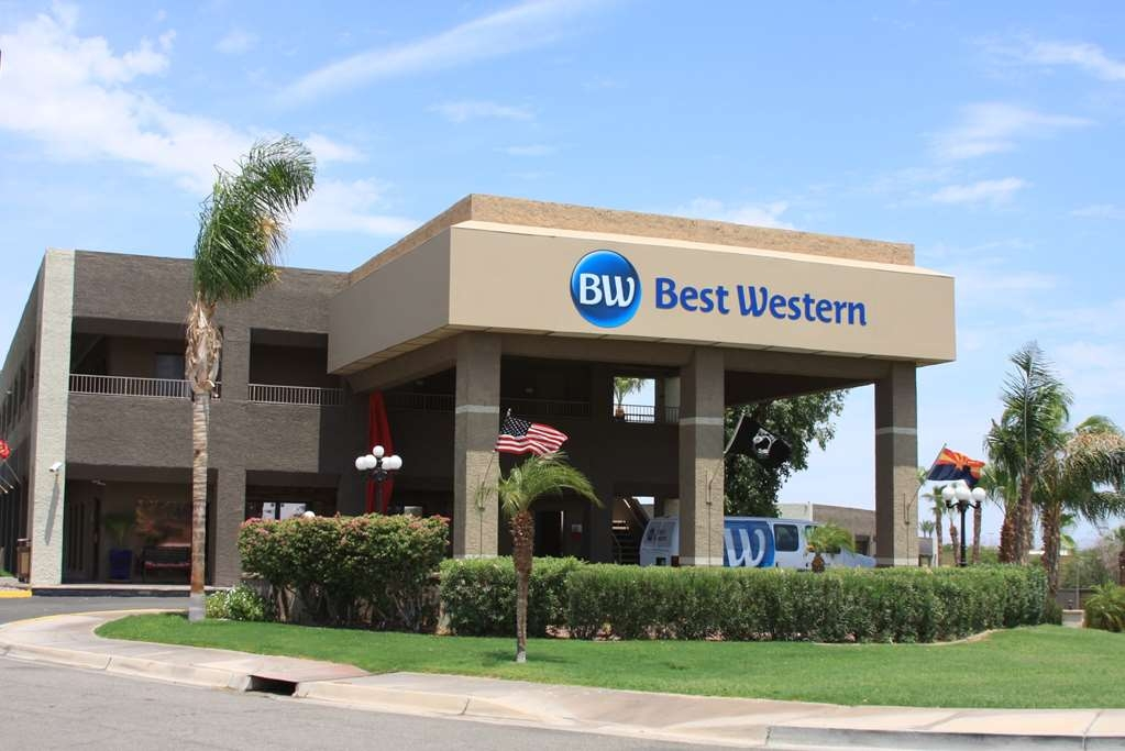 Best Western Yuma Mall Hotel & Suites - Exterior Day