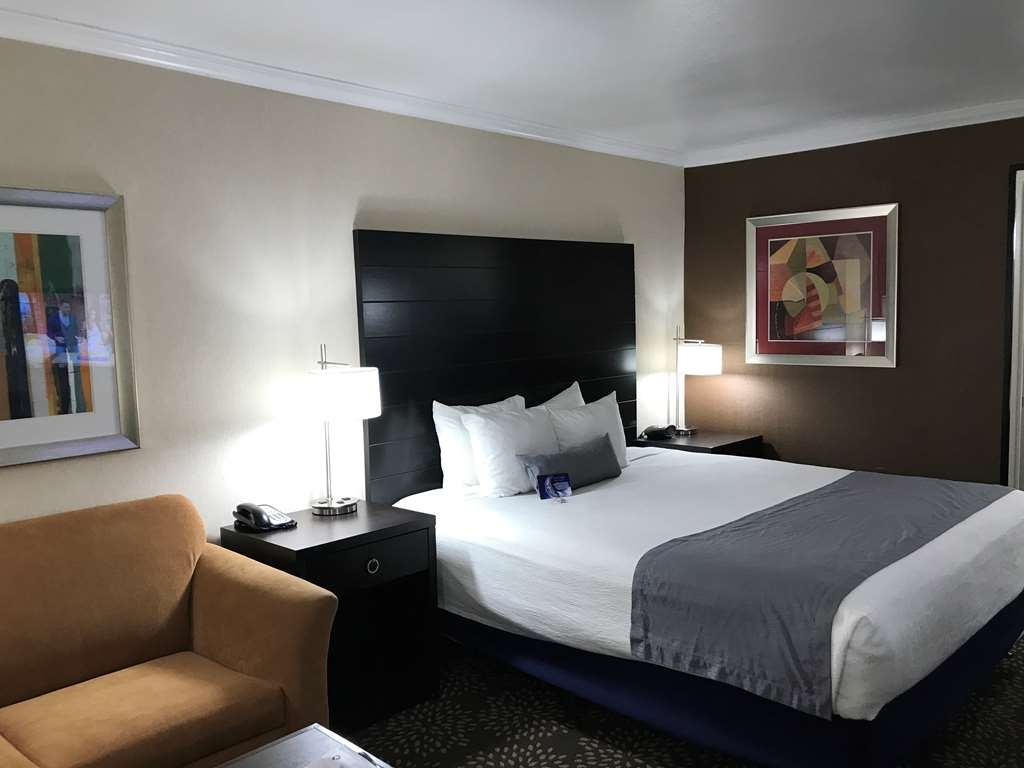 Best Western InnSuites Yuma Mall Hotel & Suites - Standard King