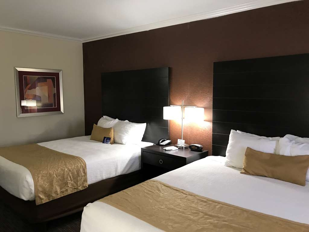 Best Western Yuma Mall Hotel & Suites - Standard Guest Room with Two Queen Size Beds