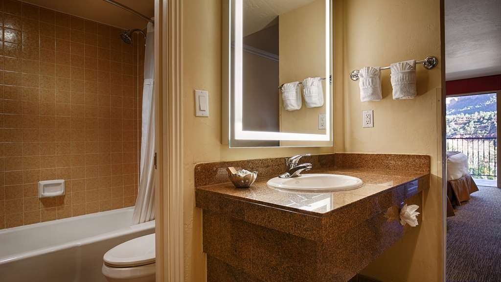 Best Western Plus Arroyo Roble Hotel & Creekside Villas - Salle de bain