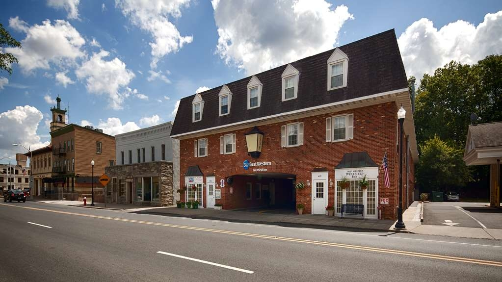 Best Western Westfield Inn - We are pleased to offer superior customer service and a convenient location in Westfield.