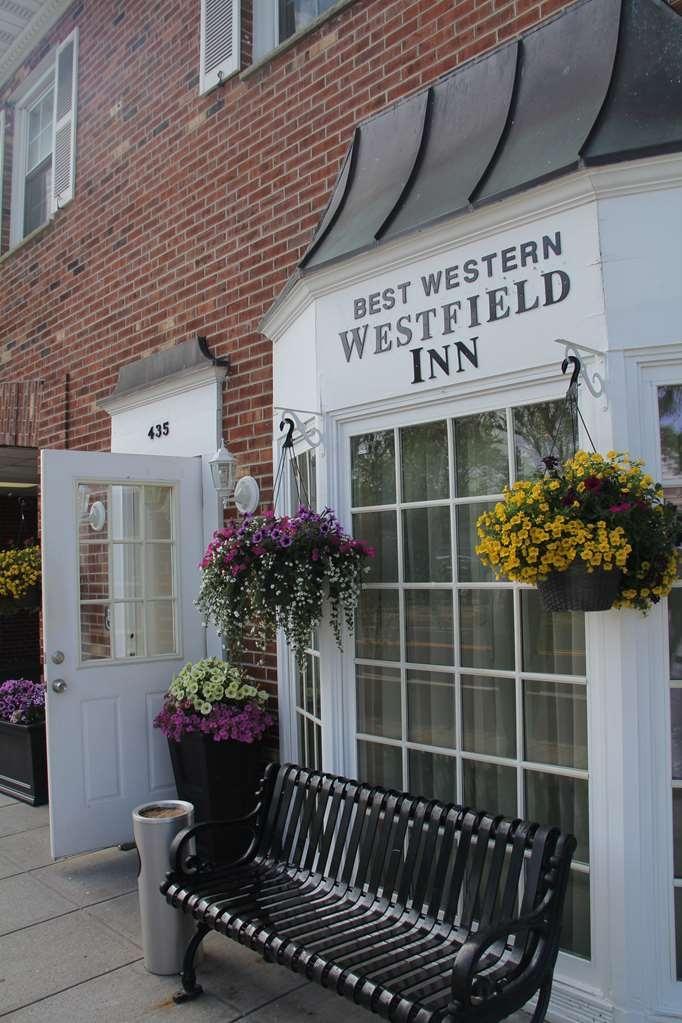Best Western Westfield Inn - Façade