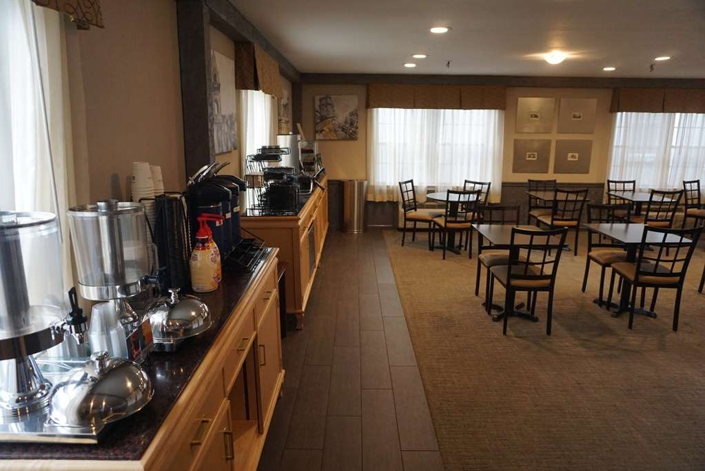 Best Western Westfield Inn - Breakfast Area