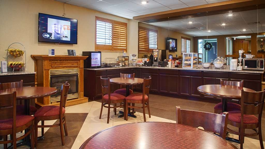 Best Western Burlington Inn - Le petit déjeuner buffet