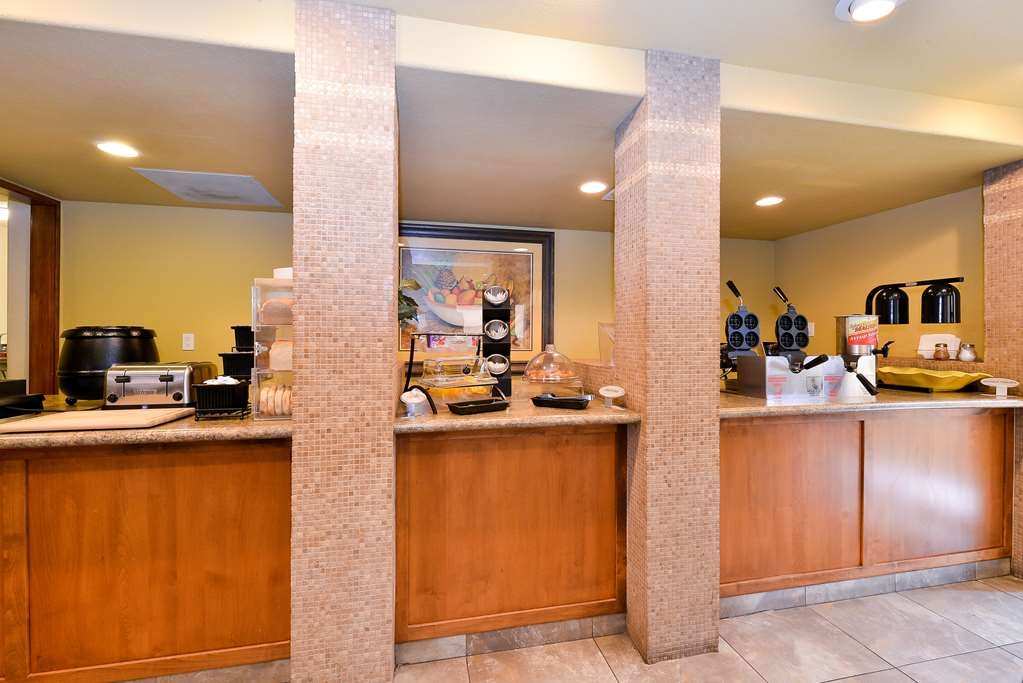 Best Western Cottonwood Inn - Zona de desayunos