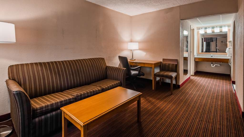Best Western Bordentown Inn - Suite