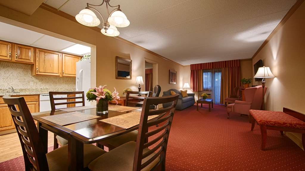 Best Western Plus Murray Hill Hotel and Suites - Apartment Queen Suite
