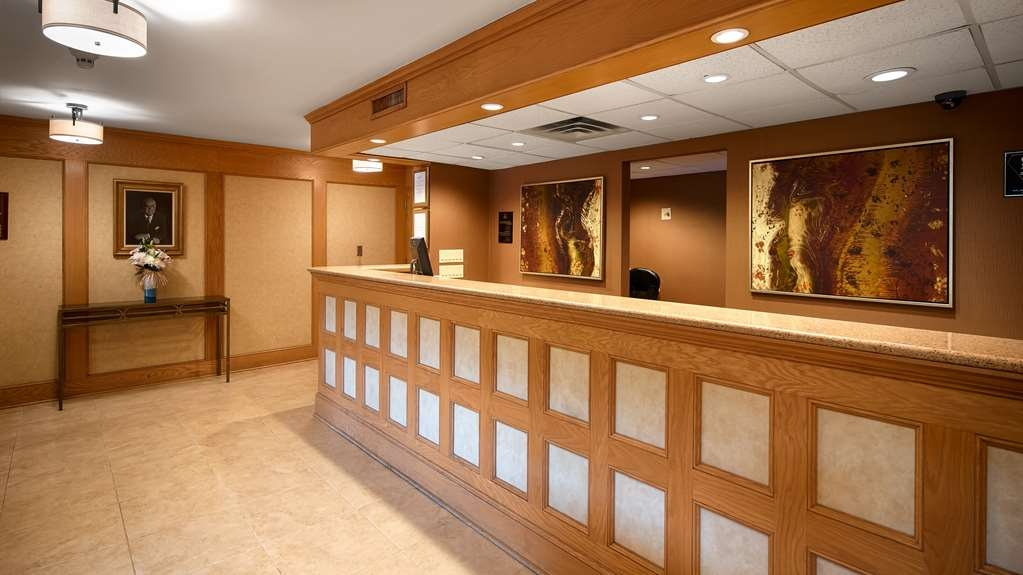 Best Western Plus Murray Hill Hotel and Suites - empfang