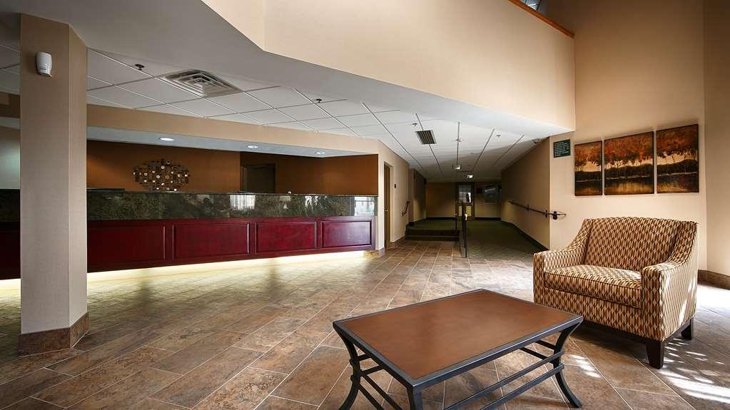 Best Western Philadelphia South - West Deptford Inn - Vista del vestíbulo