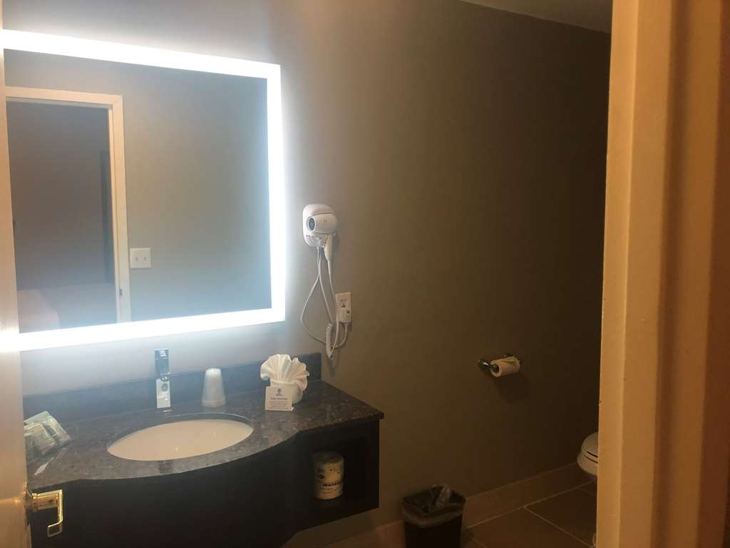 Best Western Fort Lee - Suite