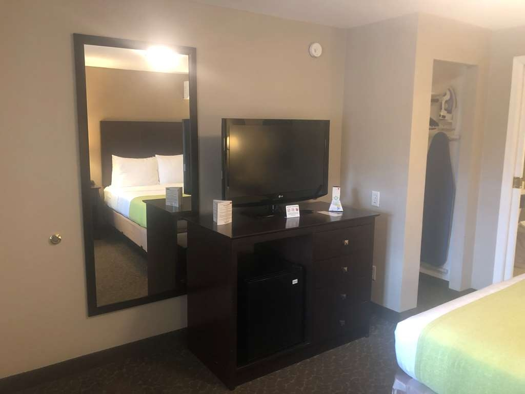 Best Western Fort Lee - Accessible King