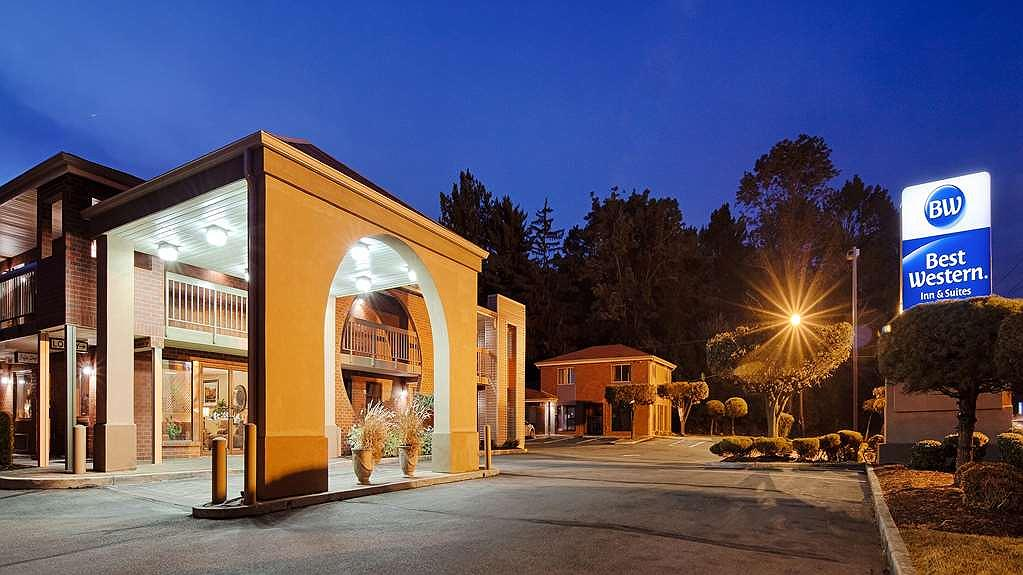 Best Western Princeton Manor Inn & Suites - Area esterna