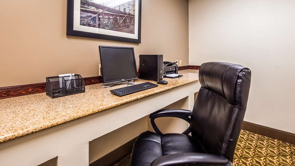 Best Western Riverview Inn & Suites - Business Center
