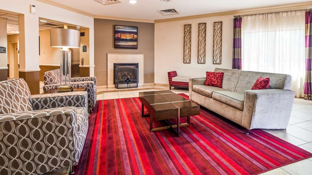 Best Western Riverview Inn & Suites - Hall