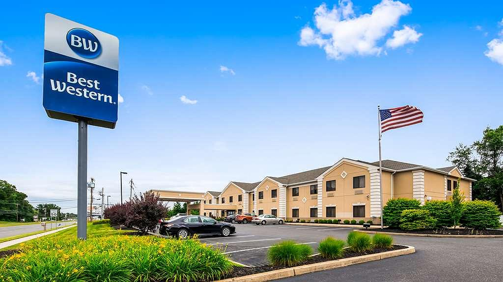 Best Western Monroe Inn & Suites - Vista exterior