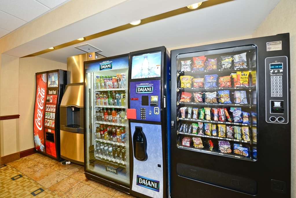 Best Western Monroe Inn & Suites - Craving a snack or something to drink? Stop by our on-site vending area/snack shop located in the lobby.
