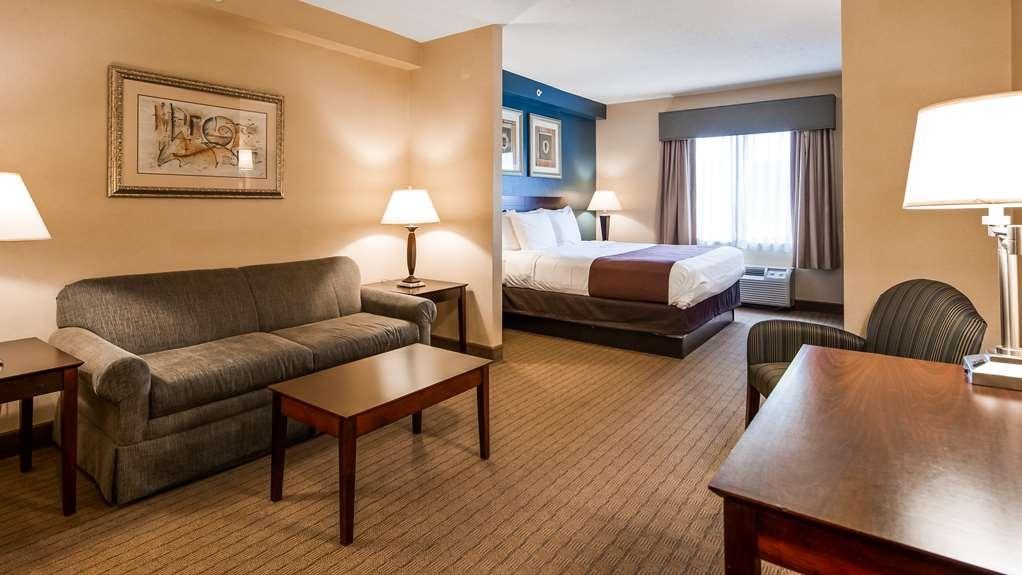 Best Western Monroe Inn & Suites - Suite