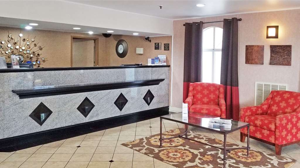 Best Western Hazlet Inn - Reception Desk