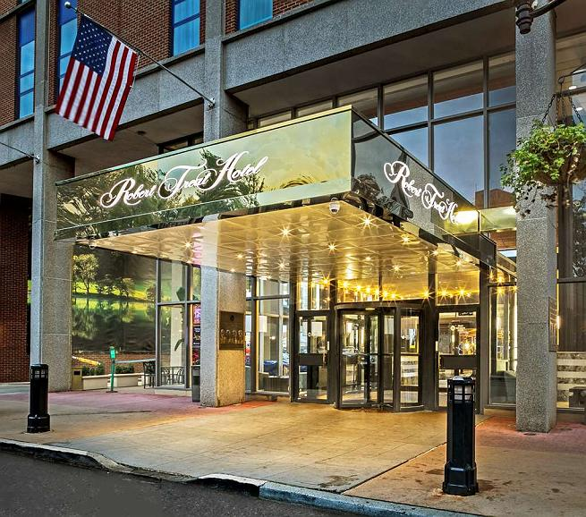 Best Western Plus Robert Treat Hotel - Façade