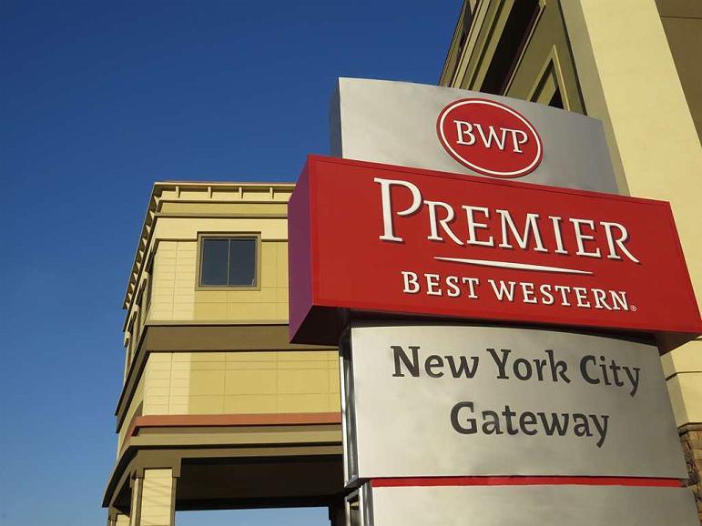 Best Western Premier NYC Gateway Hotel - Area esterna