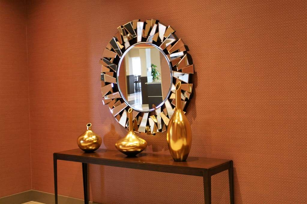 Best Western Premier NYC Gateway Hotel - We take pride in our eclectic design throughout the hotel.