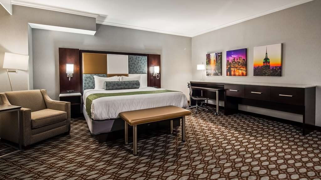 Best Western Premier NYC Gateway Hotel - King Executive Room