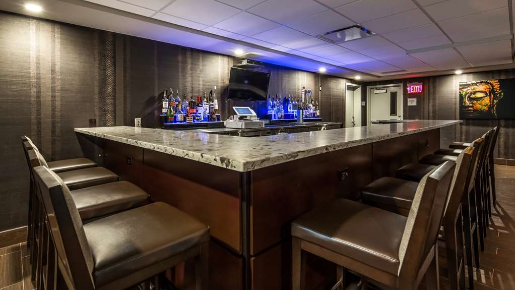 Best Western Premier NYC Gateway Hotel - Bar/Lounge