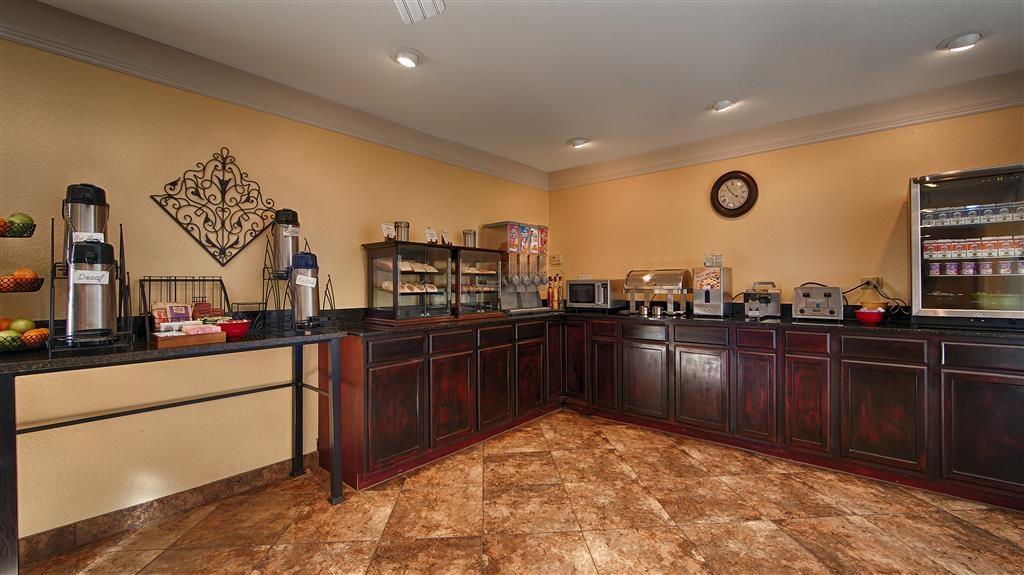 Best Western Phoenix Goodyear Inn - Barra de desayunos