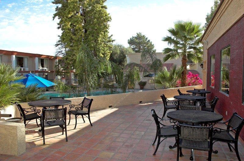 Best Western Phoenix Goodyear Inn - Vista Exterior