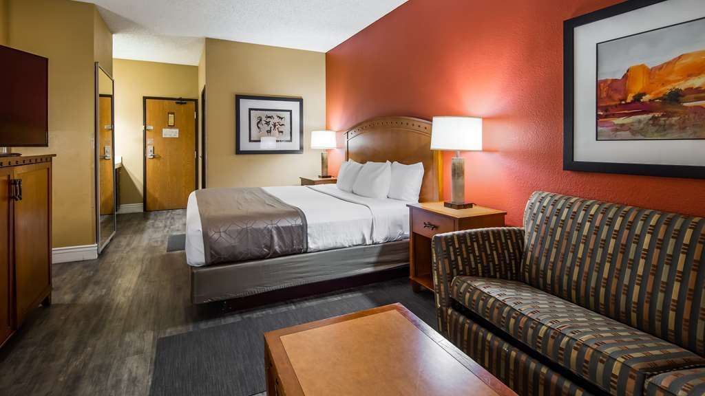 Best Western Plus at Lake Powell - King Bed Guest Room