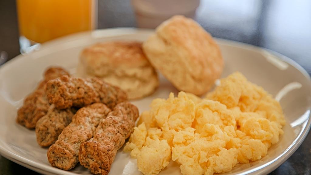 Best Western Superstition Springs Inn - Prima colazione a buffet