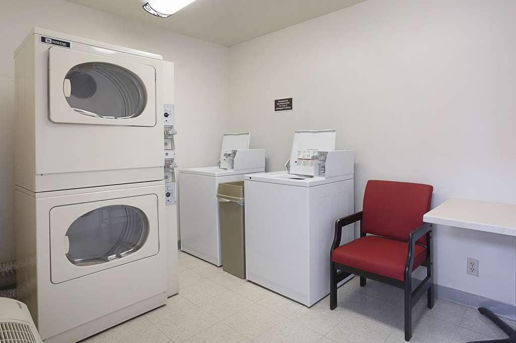 Best Western Superstition Springs Inn - Laundry