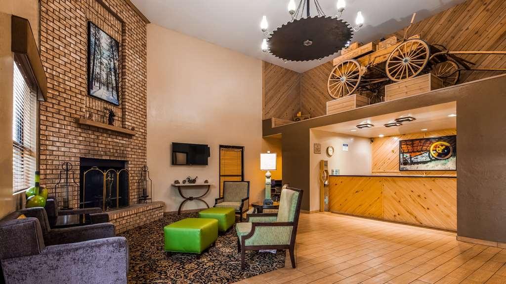 Best Western Sawmill Inn - Lobby