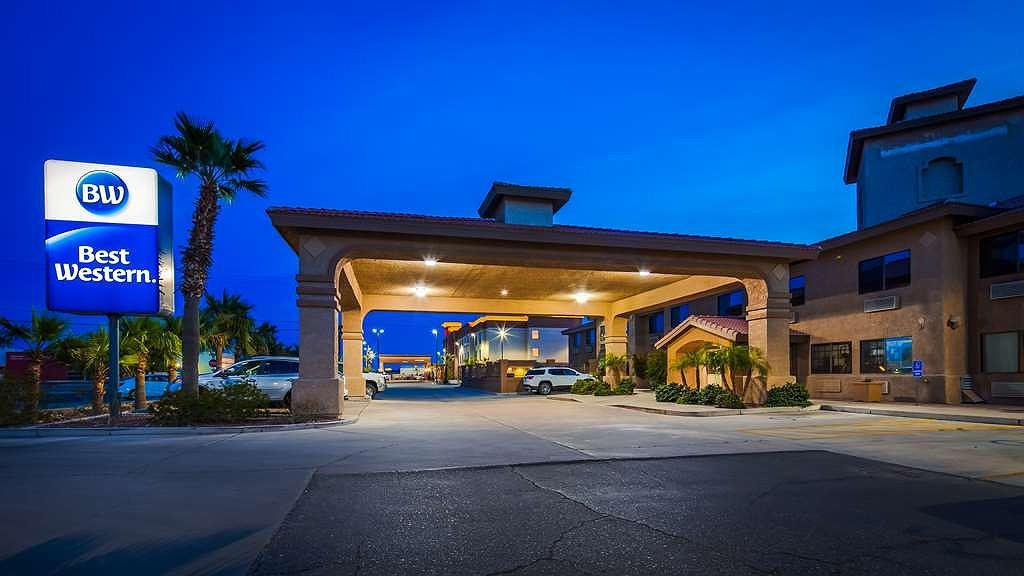 Best Western Parker Inn - Facciata dell'albergo